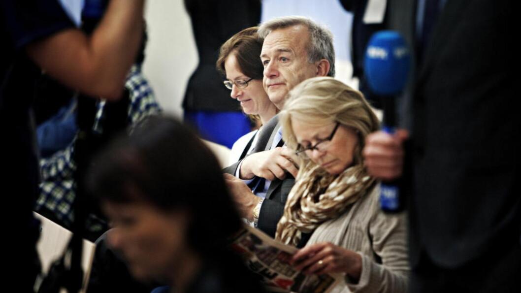 <strong>IKKE INHABIL:</strong> Riksadvokat Tor-Aksel Busch får fortsette som normalt etter at regjeringen har vurdert klagen. Foto: Torbjørn Grønning / Dagbladet
