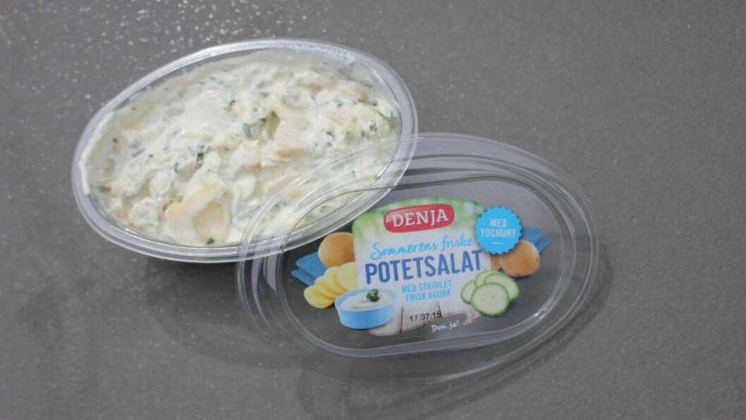 <strong>TESTFAVORITT :</strong> Denne potetsalaten kommer vi til å kjøpe igjen. Foto: ELISABETH DALSEG