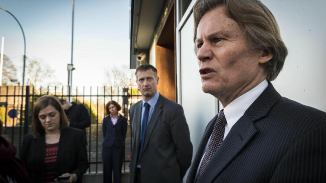 <strong>BRITENE I RYGGEN:</strong> Odd Petter Magnussen (t.h.) er sikker på at Martine-saken blir oppklart - i hvert fall så lenge han har britiske myndigheter i ryggen. I midten sjefetterforsker Andrew Partridge og ambassadør Sarah Gillett.  Foto: RALF LOFSTAD / DAGBLADET