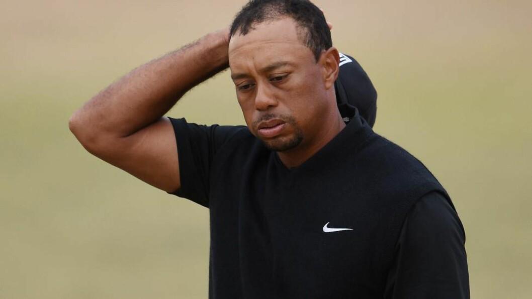 <strong> TUNG START:</strong>  Tiger Woods har fått en tung start på US Open. Foto: Ross Kinnaird/Getty Images/AFP