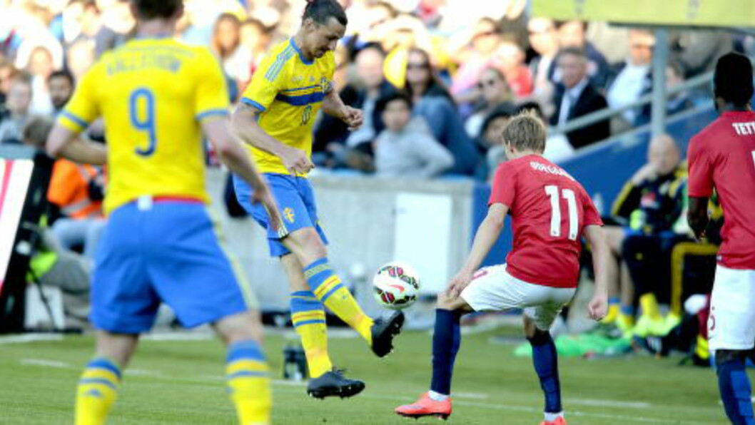 <strong> SVARTE KO:</strong>  Zlatan spilte ikke i Nike-sko for halvannen uke siden. Foto: Bjørn Langsem / Dagbladet