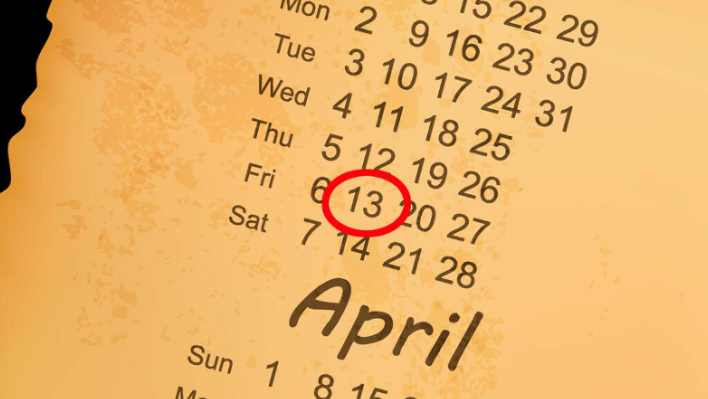 ULYKKESDAG? Fredag 13. er nok mindre farlig enn myten vil ha det til. I alle fall om vi skal tro forsikringsselskapene. Foto: COLOURBOX.COM
