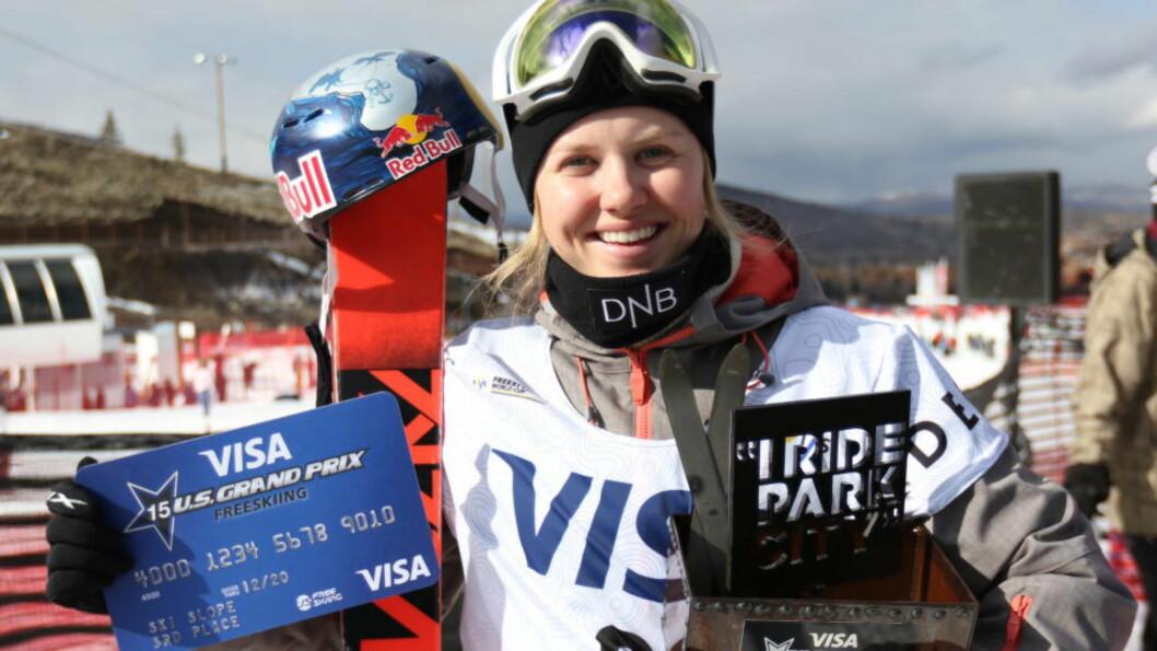 <strong> VANT:</strong>  Tiril Sjåstad Christiansen vant sitt andre verdenscuprenn etter å ha vært skadet i over ett år. Her fra 3. plassen i Utah tidligere i vinter. Foto: Skiforbundet / NTB scanpix