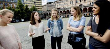- Raymond Johansen fratar jenter bevegelsesfriheten