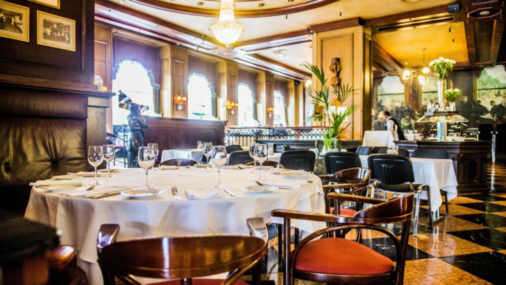 HISTORIE I VEGGENE: I forrige uke ble det kjent at Grand Café blir lagt ned. Det reagerer museumslederen på Ibsenmuseet på. Foto: Thomas Rasmus Skaug / Dagbladet