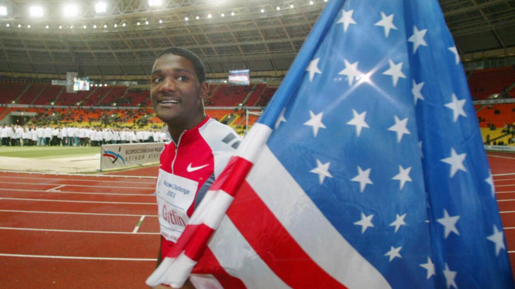 <strong>MELLOM DOPINGUTESTENGELSER:</strong> Her feirer Justin Gatlin etter å ha vunnet i Moskva i 2003. Tre år senere ble han dopingtatt for andre gang og sonet en fire års utestengelse. Nå er han verdens raskeste mann igjen, og har landet nok en sponsoravtale med Nike.Foto: AP /Ivan Sekretarev / NTB Scanpix
