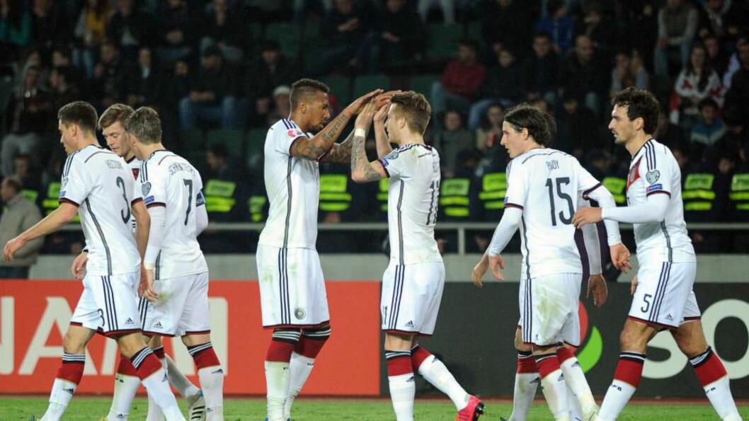 KOMFORTABELT: Tyskland tok en komfortabel seier mot Georgia i EM-kvalifiseringens gruppe D. Foto: AFP PHOTO / VANO SHLAMOV