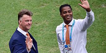image: I sommer var han van Gaals høyre hånd. Nå har Kluivert satset alt for å få Curacao til VM