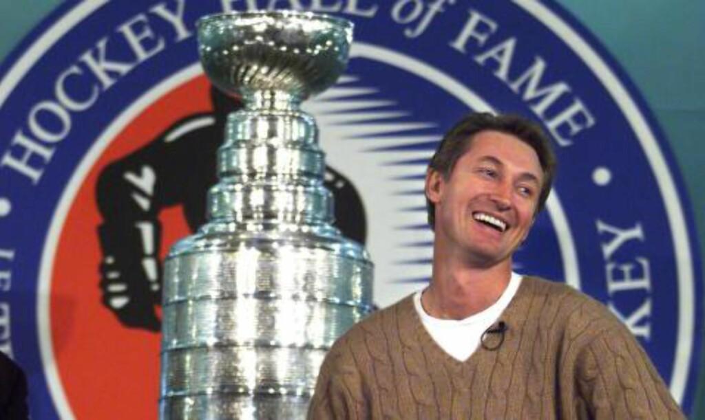 LEGENDE: Wayne Gretzky er tidenes beste hockeyspiller, og satte en rekke rekorder i NHL. Foto: Kevin Frayer / AP / NTB Scanpix