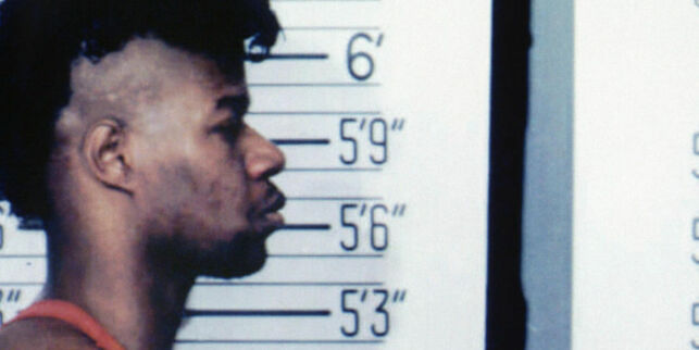 image: Da Christopher ble alene med mannen som drepte og spiste 17 mennesker, grep han muligheten
