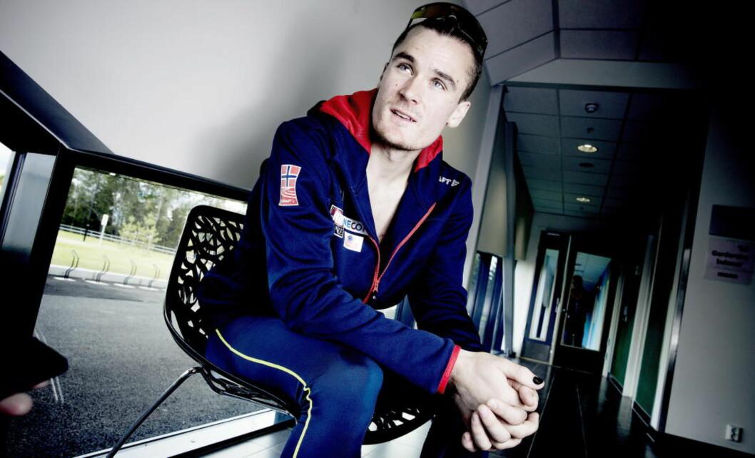 <strong>LØPER 5000 METER:</strong> Henrik Ingebrigtsen dropper favorittdistansen 1500 meter til fordel for 5000 meter under sesongåpningen i morgen. Foto: Bjørn Langsem / DAGBLADET