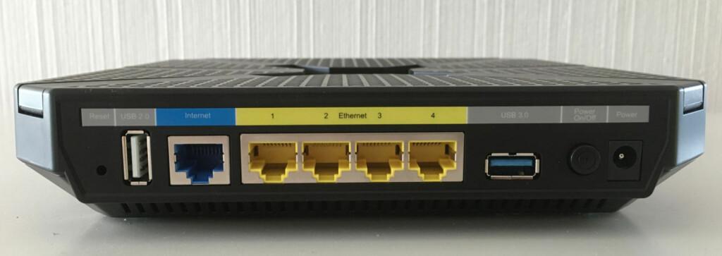 MED KABEL: Tviler på at du får full fart fra leverandøren din, bør du utføre målinger med kabel og ikke med trådløst nett. Foto: BJØRN EIRIK LOFTÅS