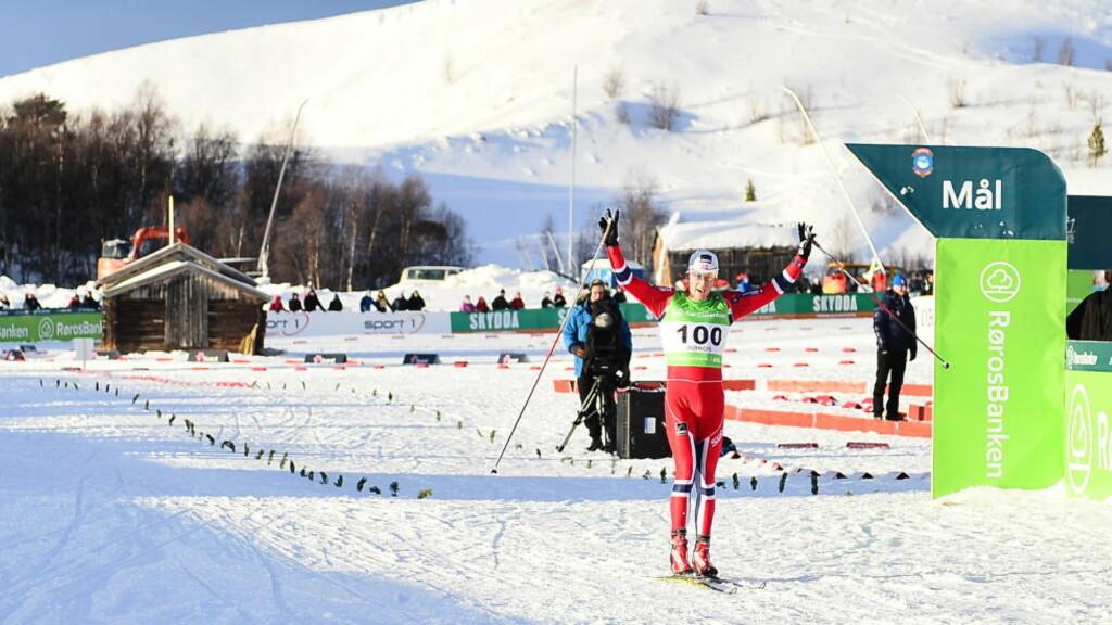 TOK GULLET: Anders Gløersen (28) fra Rustad IL vant 15-kilometeren i NM i overlegen stil.