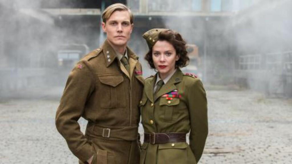 SUKSESS: Espen Kloumann Høiner og Anna Friel har begge roller i tv-serien. Foto: Scanpix