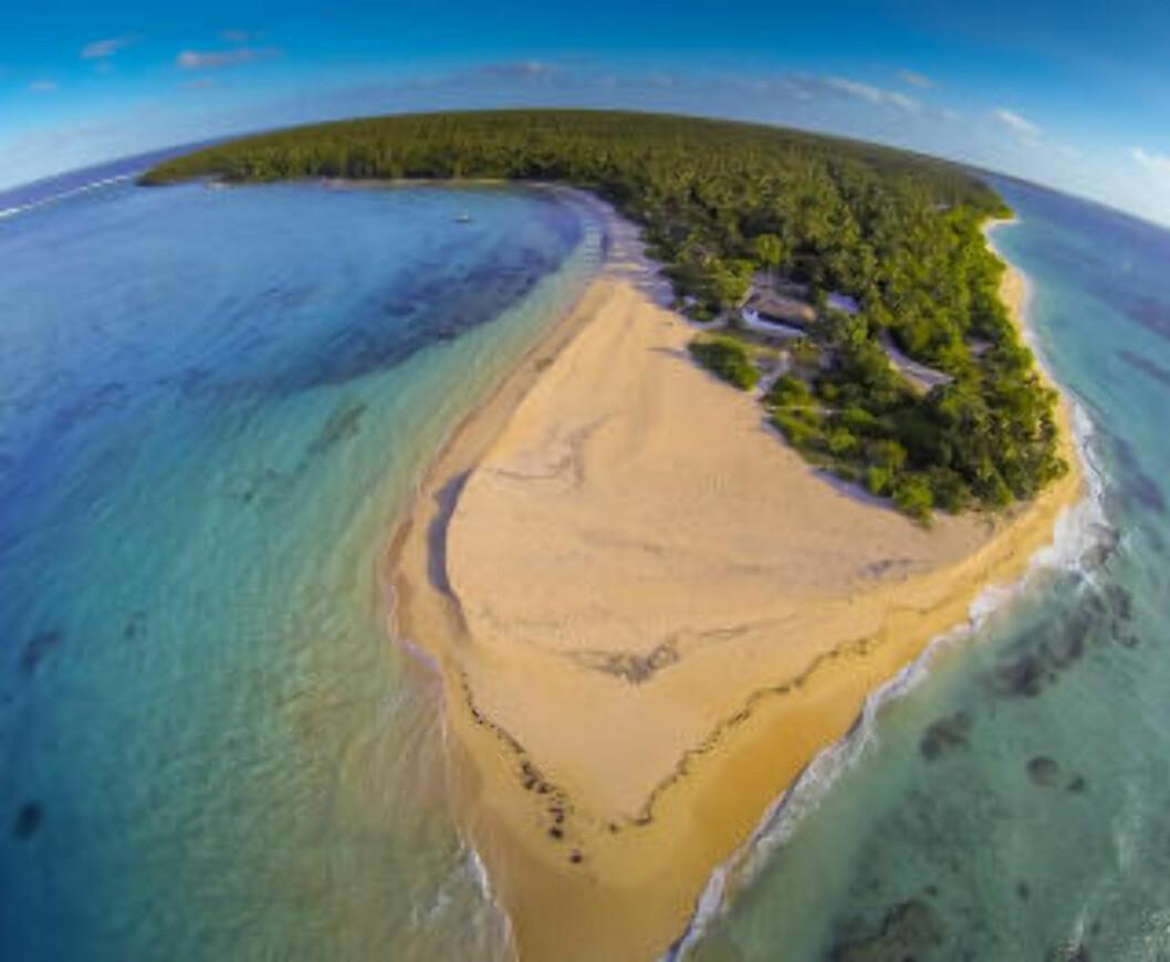 <strong>ØYRIKE:</strong> Tonga består av 172 små øyer og en rekke atoller. En av dem er Foa Island der familien Rice holder til. Skal du fly hit fra Europa, er det lettest å dra via New Zealand, forteller Darren Rice til Dagbladet. Foto: DARREN RICE