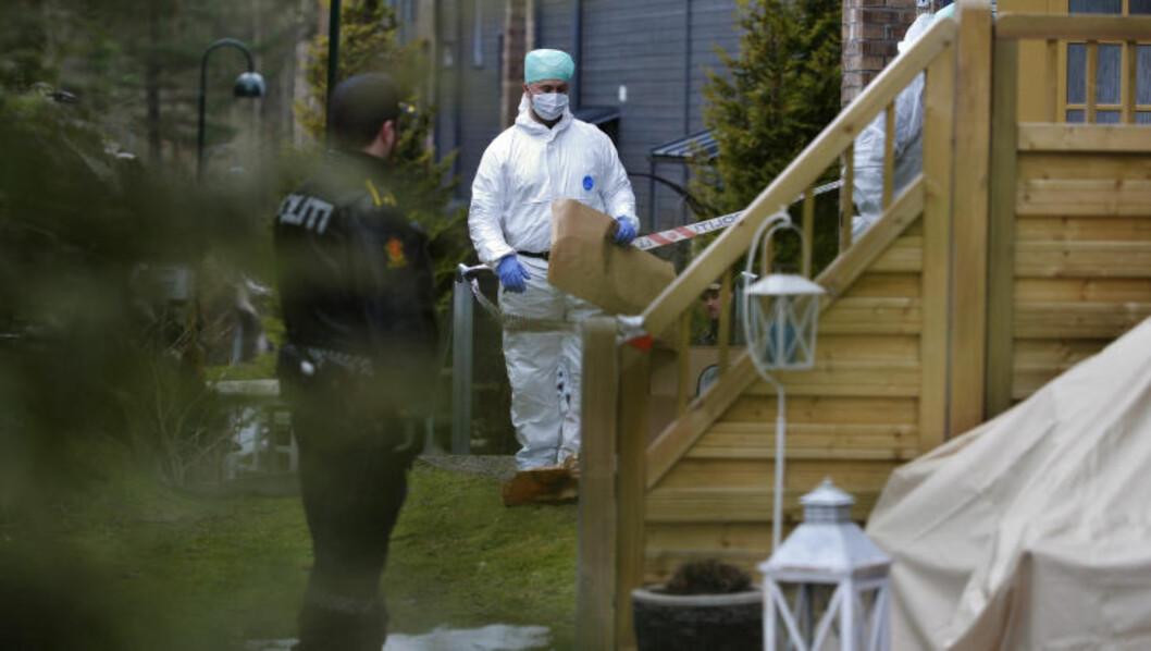<strong>ÅSTED:</strong> Politiet tror selve drapet skjedde i eller ved denne boligen på Holmlia. Foto: Øistein Norum Monsen