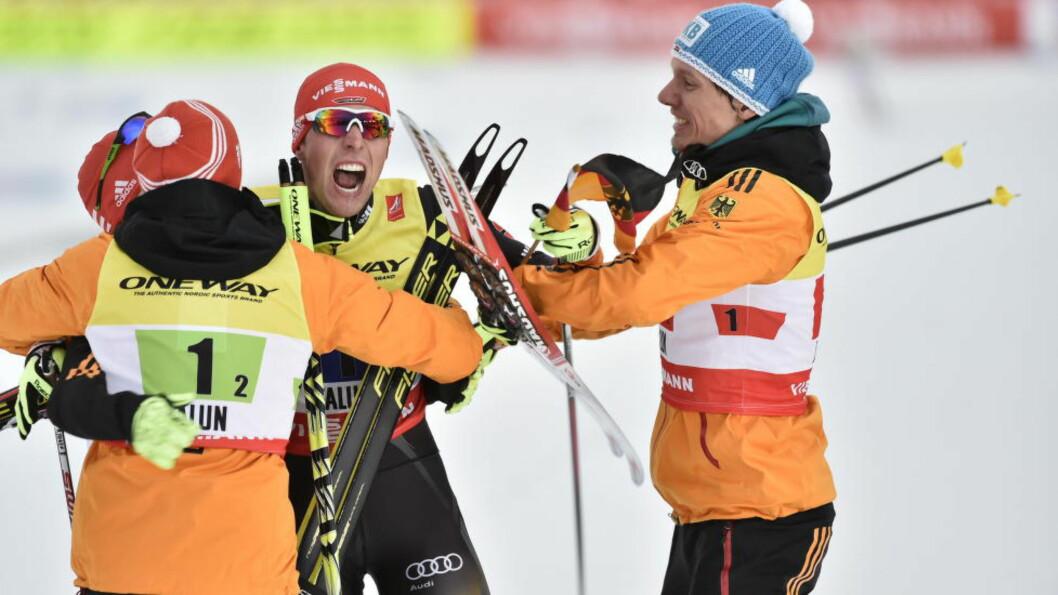 <strong>DOBBEL GULLVINNER:</strong> Johannes Rydzek (midten) gikk inn til sitt andre VM-gull i årets mesterskap i dag. Publikum i Falun er imidlertid tyskeren alt annet enn imponert over. Foto: Hans Arne Vedlog / Dagbladet