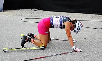 <strong>UTSLITT:</strong> Så sliten var Heidi Weng da hun spurtet inn til seier i Aure i går. Foto: Øyvind Godø / Dagbladet