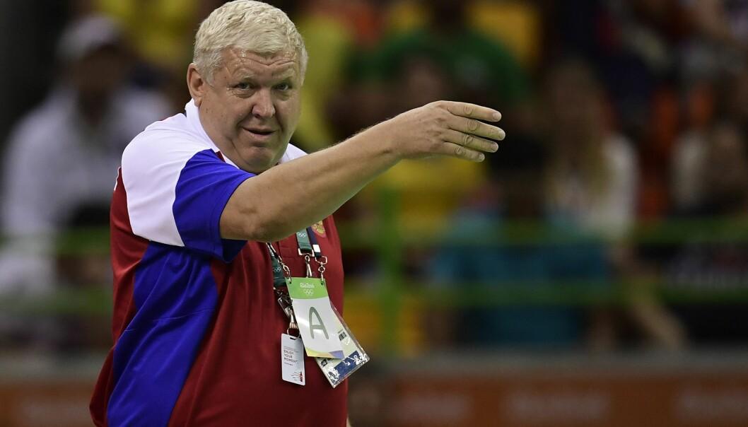 STYRER LAGET MED JERNHÅND: Jevgenij Trefilov er en tøff trener. AFP PHOTO / JAVIER SORIANO