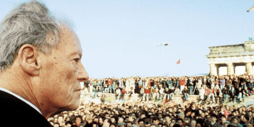 image: Da tårene trillet fra Willy Brandts kinn