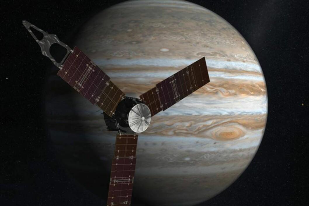 <strong><B>ENDELIG FRAMME</B>:</strong> Etter fem år og en reise på ufattelige 2,8 milliarder kilometer, er romsonden Juno endelig framme og går nå i bane rundt Jupiter. Foto: NASA