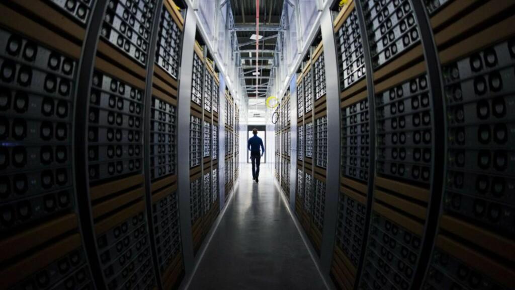 Stordata: I fjor sommer åpnet Facebook sitt første datasenter utenfor USA i Luleå i Sverige. Foto: Jonathan Nackstrand/AFP