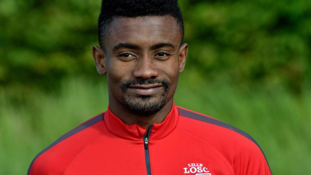 TIL HERHTA: Salomon Kalou. Foto: AFP PHOTO / PHILIPPE HUGUEN / NTB Scanpix