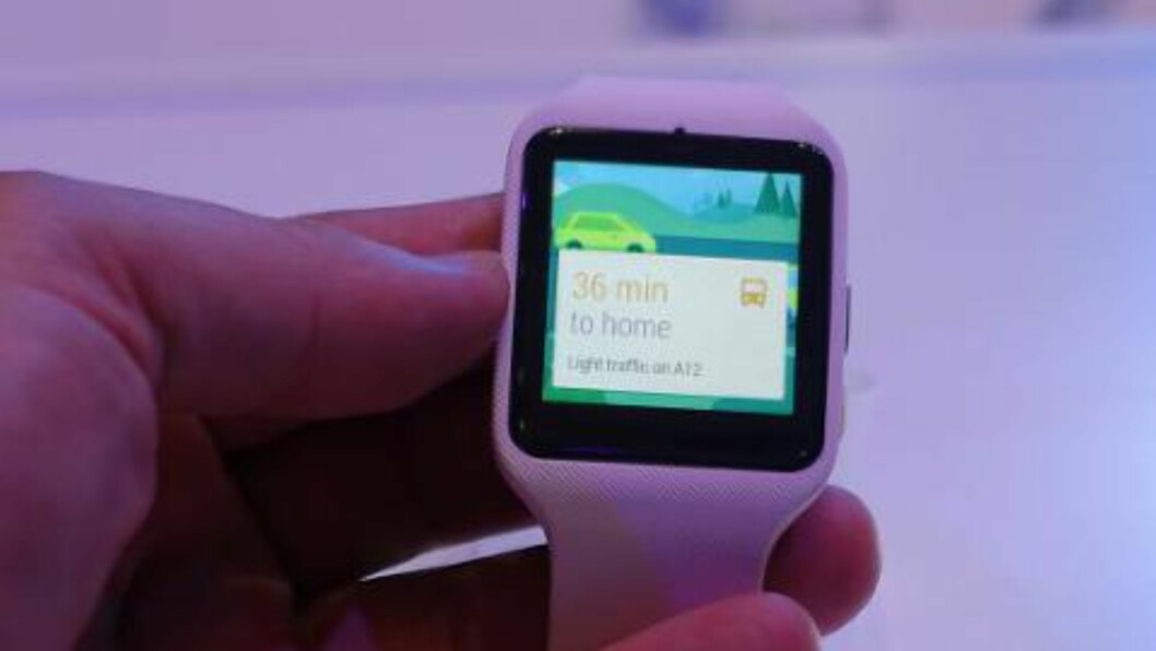 ANDROID: For første gang med OS-et Android Wear. Foto: KIRSTI ØSTVANG