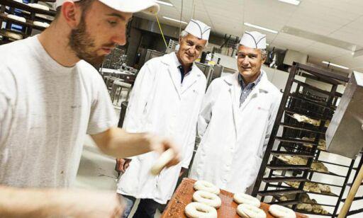 image: Tjener fett på brødbaking - sitter igjen med millioner