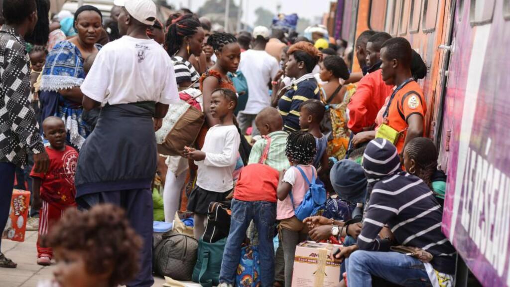 KAN BLI MANGE FLERE: I dag bor det om lag en milliard mennesker i Afrika, men forskere tror befolkningsveksten vil eksplodere. Foto: AFP/Junior D. Kannah/NTB Scanpix