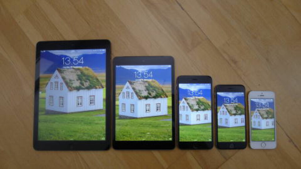 "FRA VENSTRE: iPad Air (9,7""), iPad mini Retina (7,9"", iPhone 6 Plus (5,5""), iPhone 6 (4,7"") og iPhone 5s (4""). Foto: TROND BIE"