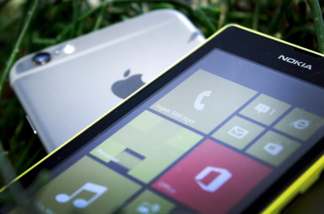 <strong><b>LUMIA MOT IPHONE:</strong> </B>Da Harald Nipen skulle reparere iPhone-en sin (ikke den på bildet), fikk han låne Windows-telefonen Nokia Lumia 520. I de omlag tre ukene han brukte telefonen fikk han dermed ikke brukt en rekke Apple-produkter og -tjenester slik han pleide, men ifølge FTU er dette lovlig. Foto: OLE PETTER BAUGERØD STOKKE
