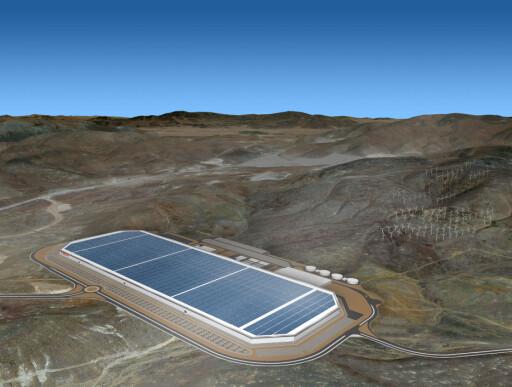 VERDENS STØRSTE: Ingen over, ingen ved siden - foreløpig. Tesla Giga Factory har kapasitet til å dekke 500.000 biler årlig.  Foto: TESLA