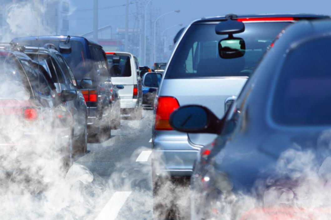 <strong><b>MÅ HÅNDHEVES:</strong></b> Statens vegvesen skal få økte muligheter til å håndheve at bilprodusentene faktisk holder det de lover når det gjelder skadelige utslipp i trafikken. Det kan komme til å by på noen utfordringer. Foto: SHUTTERSTOCK/NTB SCANPIX