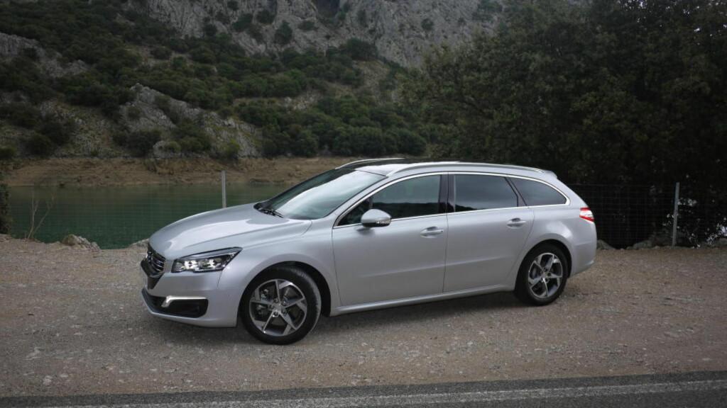 MER SALG? Med faceliftet 508 kan Peugeot håpe på økt salg. Foto: ARNSTEIN LANDSEM / DINSIDE.NO