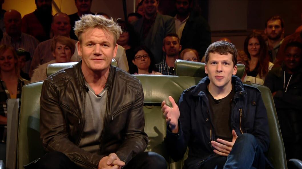 <strong><b>AVSLØRER:</strong></b> Gordon Ramsay og Jesse Eisenberg gjestet første episode av den nye sesongen av Top Gear. Her avslører også Ramsay at det kommer en ny limited edition Laferrari Spider. Foto: wenn.com