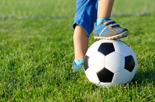 <strong><b>KUTT I AKTIVITETER:</strong></b> Dårlig råd går fort utover barnas muligheter til å delta på fritidsaktiviteter. Foto: SHUTTERSTOCK/NTB SCANPIX
