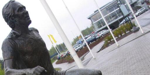 image: Nytt hærverk mot Tom Lund-statuen