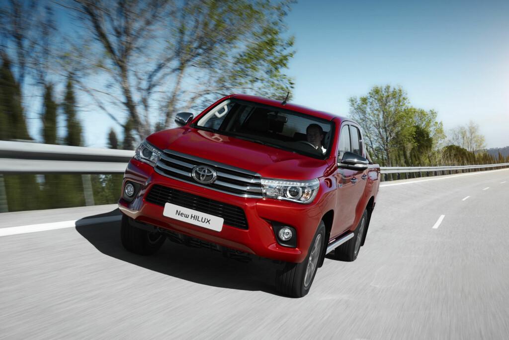 NY TØFFING: Nye Hilux har fått et snev av Toyotas familie-karakteristiske design. Foto: TOYOTA