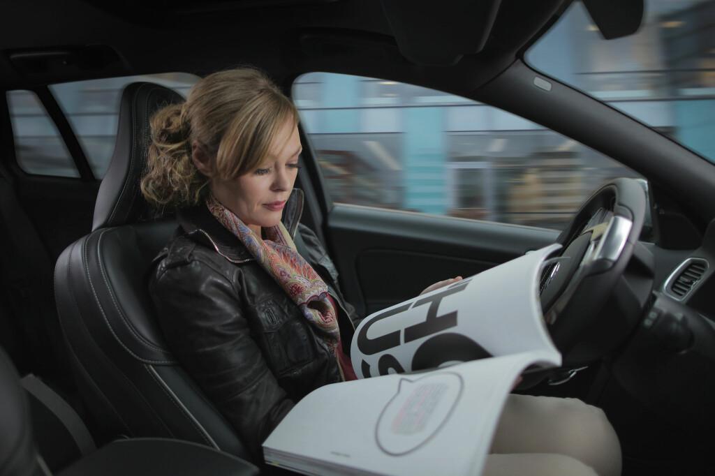 TA TIDEN TILBAKE: Volvo og andre har allerede teknologien for selvkjørende biler. Men lover og regler må tilpasses. Foto: VOLVO