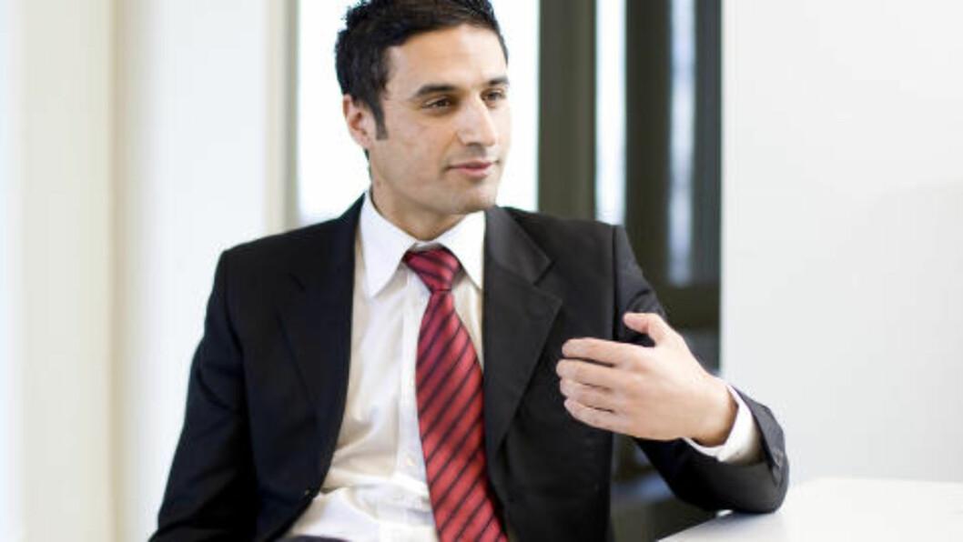 <strong>ØKONOMI:</strong> Sjeføkonom Shakeb Syed i Sparebank1 Markets tror ikke 2015-budsjettet vil gi utslag på Norges Banks rentebane. Foto: Håkon Mosvold Larsen / SCANPIX .
