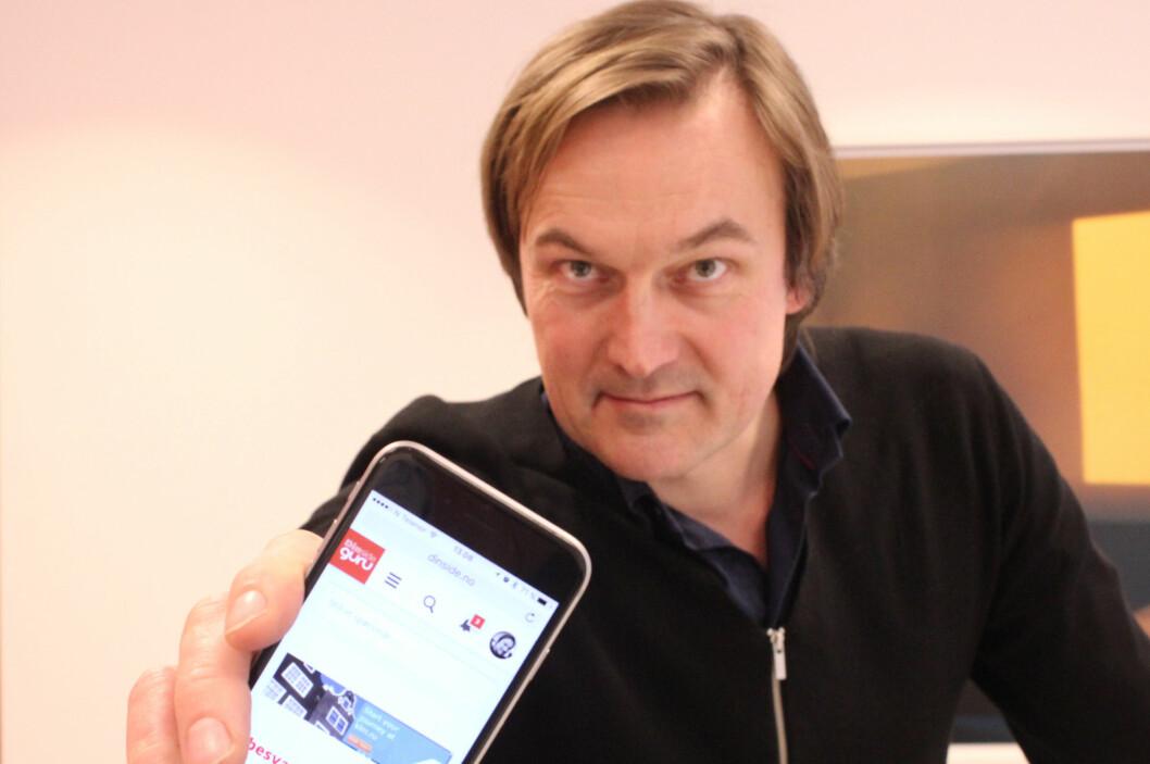 <strong><B>SVARER PÅ ALT:</strong></B> Konstituert Dinside-redaktør Jan Thoresen oppfordrer leserne til å sende inn egne spørsmål - og svare på andres. Foto: TORE NESET