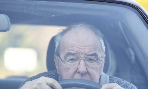 image: Når bør eldre sjåfører fratas førerkortet?