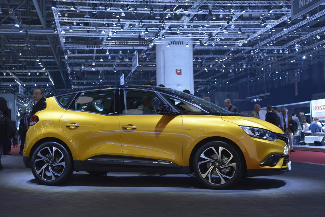 <strong><b>KORT OG LANG:</strong></b> Renault Scenic er den korte versjonen. Grand Scenic, som kommer senere, er den lange.  Foto: Jamieson Pothecary