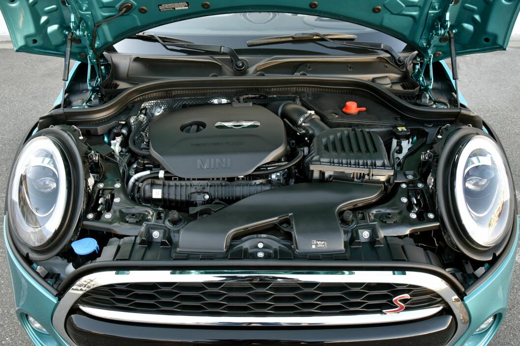 <strong><b>COOPER S:</strong></b> Vi fikk kun tilgang på Cooper S med toliters motor. Prøv den lille tresylindrede før du bestemmer deg. Foto: MINI