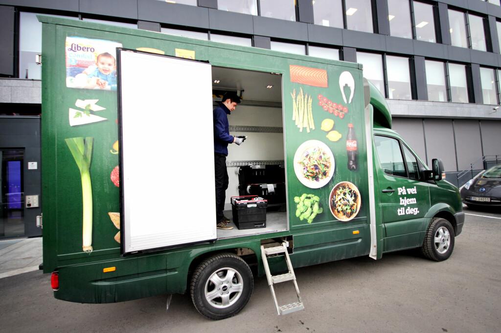 <B>MAT PÅ DØRA: </b>Marked.no og Kolonial.no tilbyr begge mat levert på døra, bestilt på nettet. Men hvilken av nettbutikkene er best? Foto: OLE PETTER BAUGERØD STOKKE