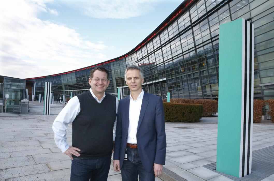 <strong><b>ENIGE:</strong></b> TVNorge-sjefen Harald Strømme og Canal Digitals direktør Ragnar Kårhus dro i land en ny avtale etter 11 dagers konflikt. Kundene får neppe større valgfrihet av den grunn. Foto: VIDAR RUUD/NTB SCANPIX