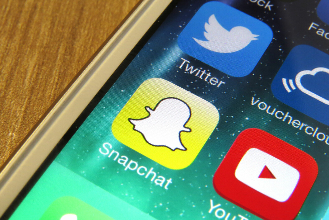 <strong><b>IKKE LENGER BARE FOR UNGDOMMEN:</strong></b> Stadig flere tar i bruk meldingsappen Snapchat. Foto: PA PHOTOS