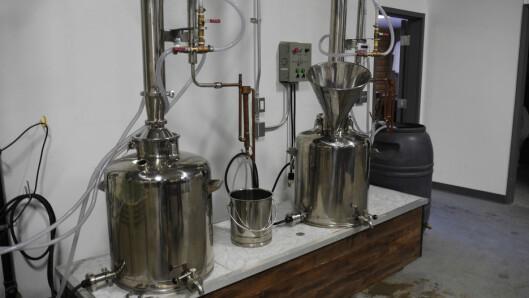 <strong><b>PROFFT:</strong></B> Mikro-destilleribølgen er over oss. Men for å gjøre slikt, må du ha lisens. Foto: NEVADA DEPARTMENT OF AGRICULTURE/CC