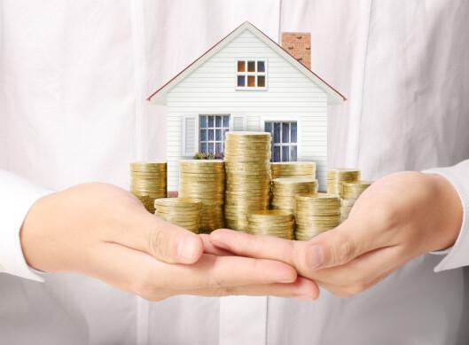 <strong><b>IKKE MINIBANK:</strong></B> Du bør ikke bruke huset ditt til å finansiere forbruk. Foto: shutterstock/DENPHUMI/NTB SCANPIX